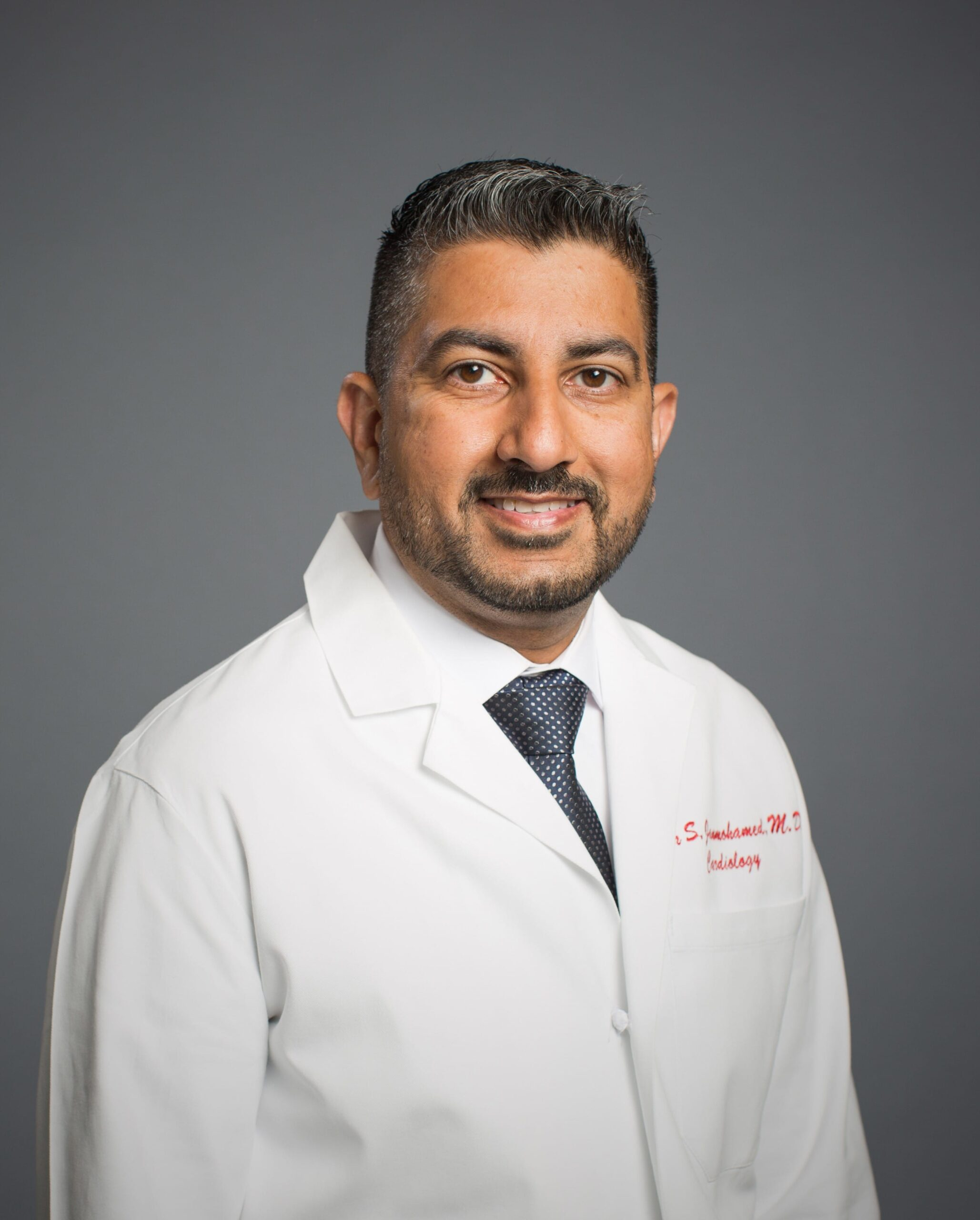 Dr. Munir Janmohamed Uses Technology to Improve Cardiac Care